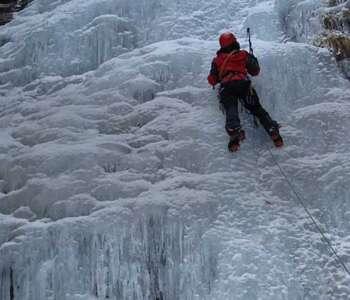 home practicant escalada en gel a la cerdanya