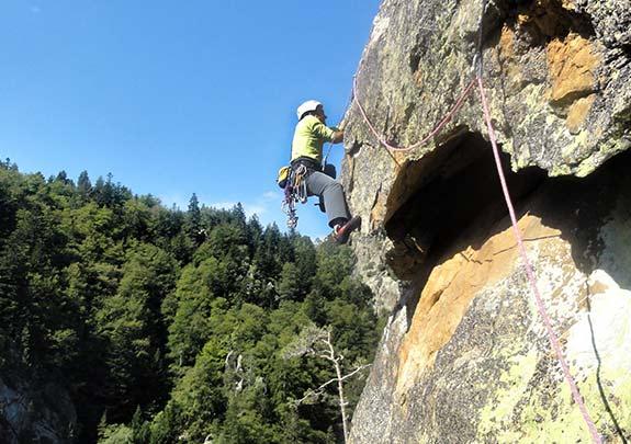 Iniciació a l'escalda en roca als Pirineus